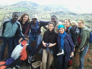 EUI Refugee Initiative volunteers and guests on an outing